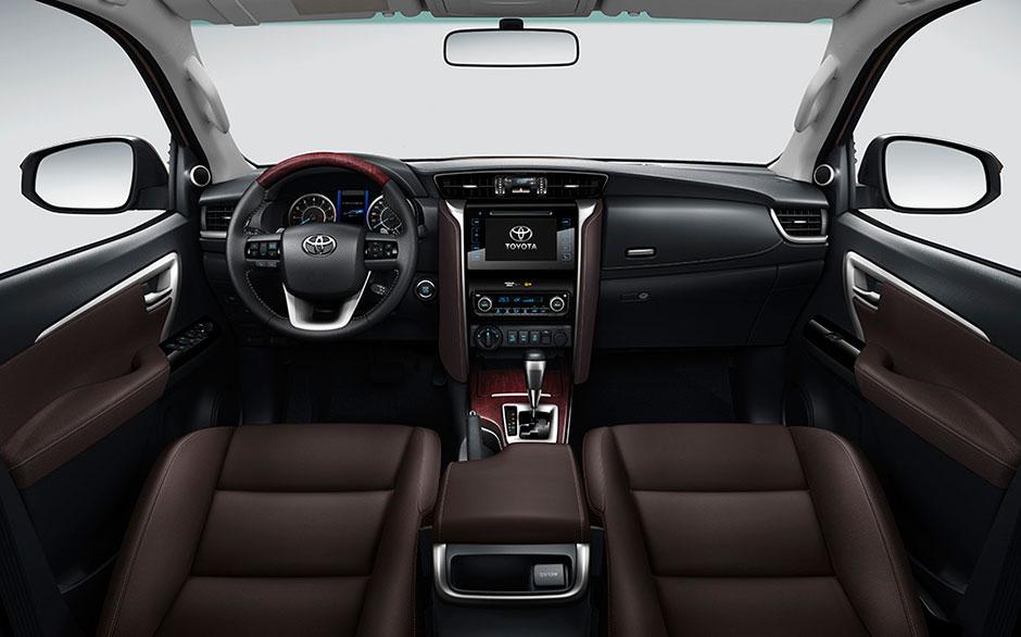 Тойота фортуна 2018 новый кузов комплектации и цены