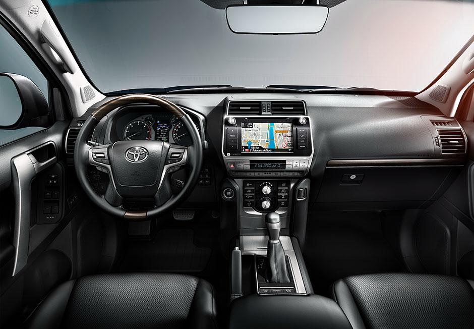 Новый Тойота Прадо 2018 года - фото, цена