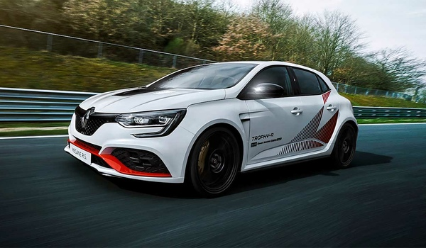 Renault Megane RS Trophy-R покорил Нордшляйфе